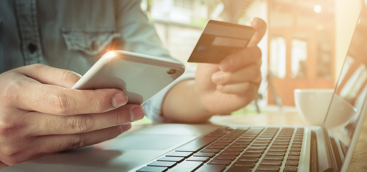 operazioni online banca e finanza
